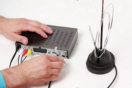 Провести и установить антенну для телевизора по квартире и дому в Благодарном